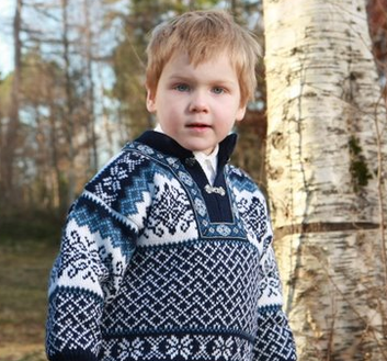 Borgund Sweater - Navy blue & White